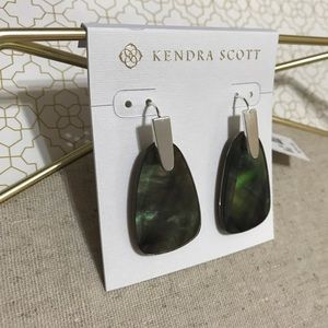 Kendra Scott Marty Earrings in Black MOP